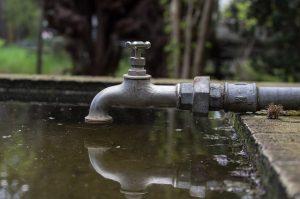 faucet-3241111_640
